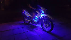 Install Led Light Strip by How To Install Led Strip Lights On A Bike Youtube
