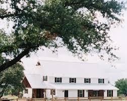 Oaks Farm Barn Wedding Prices Five Oaks Farm Cleburne Texas Venue Report