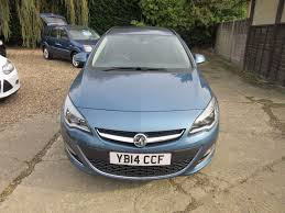 vauxhall blue used deep sky blue metalic vauxhall astra for sale surrey
