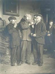 soldier u0027s wwi portrait in gas mask 1915 photo world war i
