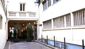 chambre hotel au mois l hôtellerie 4 étoiles continue sa métamorphose travel