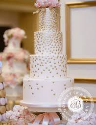 wedding planning 2017 summer wedding cake trends