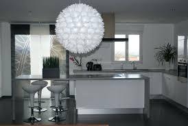 cuisine blanche et grise une cuisine design pour un intrieur contemporain dcoration
