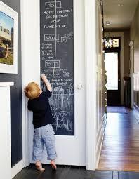 tableau noir cuisine photos 10 idées pour décorer avec de la peinture à tableau noir