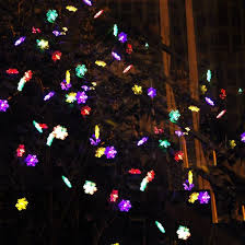 solar powered christmas lights 10 best solar powered christmas lights