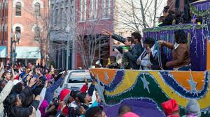 parade throws file the 2013 krewe of harambee mlk day mardi gras parade thowing