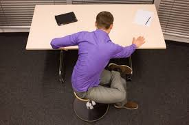 a simple 10 minute workout for desk workers breaking muscle