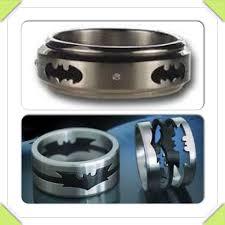 Batman Wedding Rings by 25 Best Geek Engagement Rings U0026 Boxes Images On Pinterest