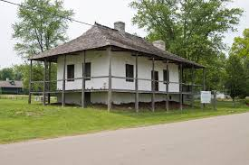 Colonial Farmhouses Spring Lake Senior Living American House In Mi Idolza