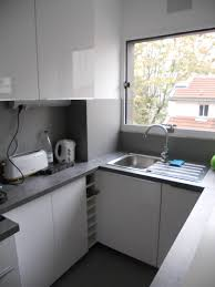 petit plan de travail cuisine plan de travail cuisine petit espace cuisine idées de décoration