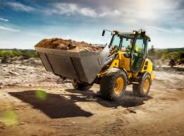 volvo unveils two new compact wheel loaders at icuee equipment