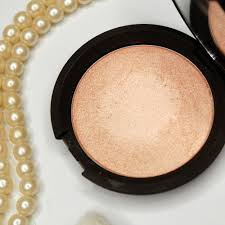 becca cosmetics lowlight sculpting perfector champagne pop the