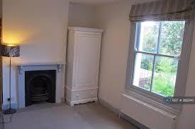 1 Bedroom Flat In Kingston 1 Bedroom Flat In Hardman Road Kingston Upon Thames Kt2 1 Bed