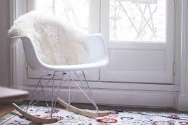 chaise a bascule eames superbe chaise à bascule eames a propos de imitation eames pas cher