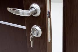 cambiare la serratura un piccolo gesto per una casa sicura al