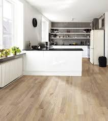 parkett in der küche helles parkett für eine moderne küche modern küche stuttgart