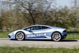police lamborghini don u0027t even think of fleeing italy u0027s new fleet of police
