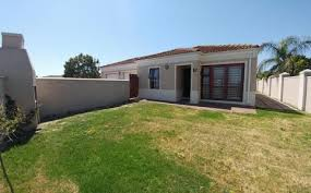 3 Bedroom Townhouse For Sale by Property And Houses For Sale In Kuils River Kuils River Property