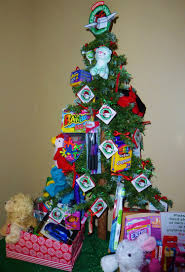 this christmas tree to promote operation christmas child includes