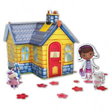 doc mcstuffins playhouse doc mcstuffins table centerpiece