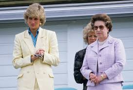 Queen Elizabeth by The Queen Was Concerned About Princess Diana U0027s Sadness New Doc