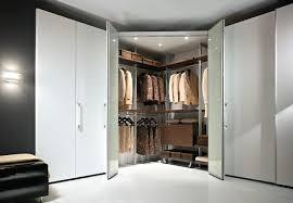 attrezzare cabina armadio cabina armadio angolare soluzioni e modelli