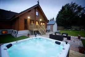 big husky lodge u2014 lodge with tub aviemore