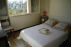 chambre 4 personnes maison indépendante pour 4 personnes à montignac 24290 dordogne