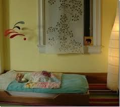 chambre bebe 2eme le lit bébé version montessori
