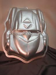 optimus prime cake pan transformers optimus prime wilton cake pan 2105 5060 what s it worth