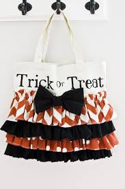 halloween inspired diy tote bags for your trick or treaters