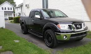 old nissan truck models black truck what color nerf bars page 2 nissan frontier forum