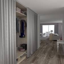 rideaux pour placard de chambre entrée avec grand placard fermé par des rideaux maison