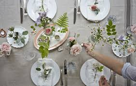 inspiration for a summer table setting from anne solange u0027s home in