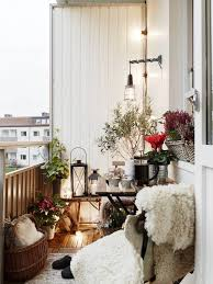 Decorating A Small Apartment Balcony by Best 25 Winter Balcony Ideas On Pinterest Balcony Decoration