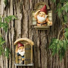design toscano knothole gnomes 2 garden welcome tree statue