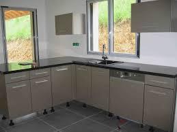 cuisine avec fenetre retour au d but cuisine d angle avec fenetre peint nouveau