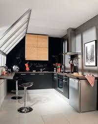 cuisine sous pente 7 idées pour aménager une cuisine avec style travaux com