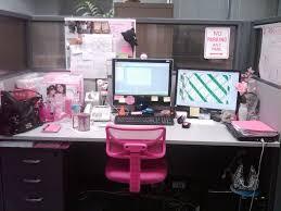affordable office decor ideas for work 1330x1064 eurekahouse co