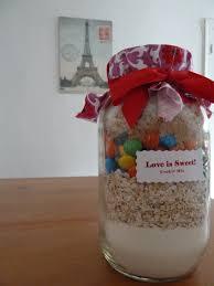 Cute Wedding Shower Gift Ideas Decent Image Bridal Shower Gift Basket Ideas In Guests Bridal