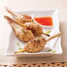 cuisiner citronnelle bouchées de poulet sur bâton de citronnelle recettes cuisine et