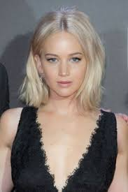 short haircuts with middle part 17 jennifer lawrence bob haircuts sassy short hair page 1 of 1