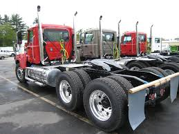 2009 volvo semi truck daycabs for sale