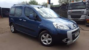 used peugeot partner tepee 1 6 hdi 110 outdoor 5 doors mpv for