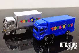mitsubishi fuso 4x4 crew cab tomy tomica mitsubishi fuso and isuzu elf toys r us trucks