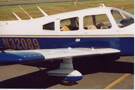 piper pa 28 235 cherokee with micro vgs on wing micro