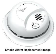 carbon monoxide detector flashing green light smoke detector flashing green light halo first alert smoke and