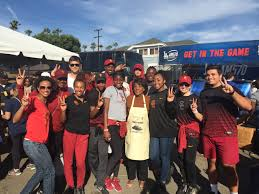 usc track team lends a to help free turkeys get to their