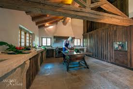 Old World Kitchen Designs by Who Would Have Thought Old World 15 Kitchen Designs That Stand