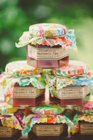 jam wedding favors 15 summer wedding ideas we re loving